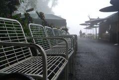 Station de vacances dans la brume Photographie stock