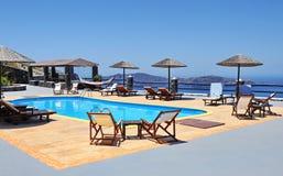 Station de vacances dans Santorini Images stock