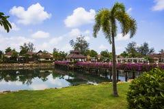 Station de vacances de Klong Prao Cottages sur la baie dans un jardin tropical Photo libre de droits