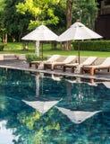 Station de vacances et station thermale de piscine en Thaïlande Images stock