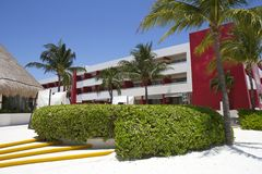 Station de vacances tropicale dans Cancun, Mexique Photos stock