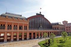 station för atochamadrid järnväg Arkivbilder