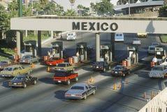 Station för den San Diego och Tijuana Mexico gränsen Royaltyfria Foton