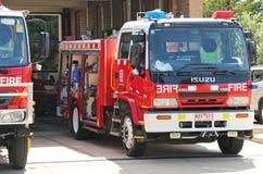 Station för myndighet för Maryborough landsbrand (CFA) med medel som är klara för handling på en sammanlagd brandförbuddag fotografering för bildbyråer