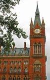 station för st för clocktowerpancras järnväg Arkivbild
