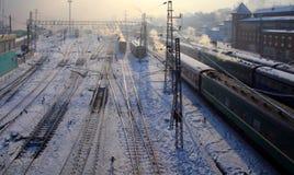 Station. Irkoetsk, Rusland. Schemering. royalty-vrije stock foto's