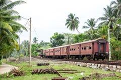Station, locomotief, spoorwegweg, Sri Lanka royalty-vrije stock foto's