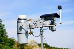 Station météorologique dans le secteur de montagne Images libres de droits