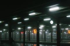 Station met mist Royalty-vrije Stock Afbeeldingen