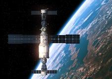 Station spatiale satellisant la scène d'Earth Image libre de droits