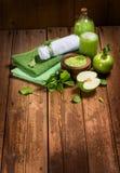 Station thermale verte de pomme Image libre de droits