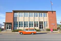 Station wagon ristabilito di Chevrolet fotografie stock libere da diritti