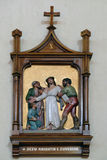 10. Stationen des Kreuzes, Jesus wird von seinen Kleidern abgestreift Lizenzfreies Stockbild