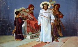 Stationen des Kreuzes, Jesus wird zum Tod verurteilt Lizenzfreies Stockfoto