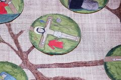 11. Stationen des Kreuzes, Kreuzigung: Jesus wird auf das Kreuz genagelt Lizenzfreies Stockfoto