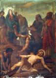 11. Stationen des Kreuzes, Kreuzigung: Jesus wird auf das Kreuz genagelt Lizenzfreie Stockfotos