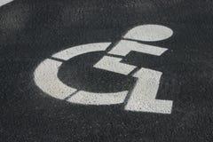Stationnement d'handicap Photos libres de droits