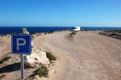 Stationnement dans des régions côtières photo libre de droits