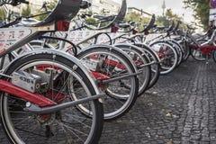 Stationnement de bicyclette à Berlin Images libres de droits