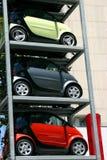 Stationnement de véhicules images libres de droits