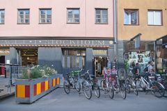 Stationnement de vélo dans Gotgatsbacken photo stock