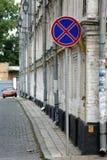 Stationnement interdit de panneau routier photos libres de droits