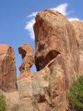 Stationnement normal de voûtes : de roche étrange photographie stock