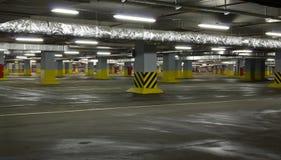 Stationnement souterrain Photos libres de droits