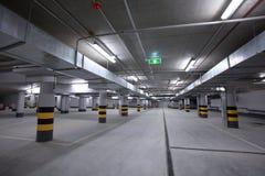Stationnement souterrain Photographie stock libre de droits