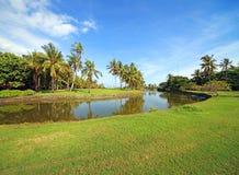 Stationnement tropical de Balinese avec le golf. Image libre de droits