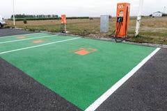 Stations de charge électriques pour des voitures Photographie stock