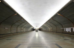 stationsgångtunnel arkivbilder