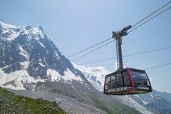 Stationskabel - 2317 m, auf dem Weg Chamonix zu Aiguille du Midi Stockfoto