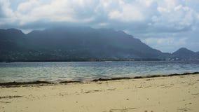 Statische mening van Eden Island Mahe Seychelles stock footage