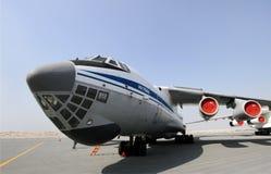 Statisk skärm av Ilyushin IL-76TD i den Bahrain internationalen Airshow Royaltyfria Bilder