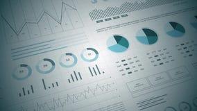 Statistieken, financiële marktgegevens, analyse en rapporten, aantallen en grafieken stock videobeelden