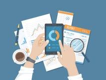 Statistik analytics, rapport på telefonskärmen Mobil service och applikationer för affär och finans Online-revision royaltyfri illustrationer