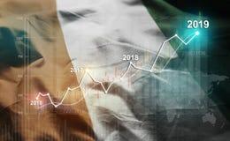 Statistique croissante 2019 financier contre le drapeau de la Côte d'Ivoire illustration stock