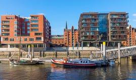 Statki i budynki w Hamburg Zdjęcie Royalty Free