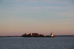 Statki i nabrzeże zmierzch w Kronstadt Fotografia Royalty Free