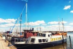 Statki przy molem w Helsinki, Finlandia Zdjęcie Stock