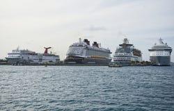 Statki wycieczkowi w Bahamas Zdjęcia Stock