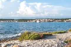 Statku żeglowanie wzdłuż Zadar miasteczka Zdjęcie Royalty Free