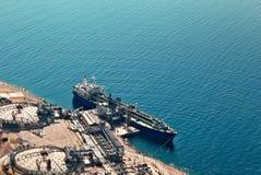 statku benzynowy terminal zdjęcie stock
