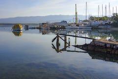 Statku marina w ranku i jard Fotografia Royalty Free