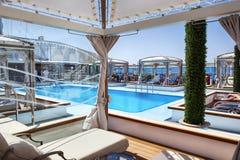 Statku wycieczkowego basenu pokład Zdjęcia Royalty Free