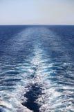 Statku wycieczkowego kilwater zdjęcie stock