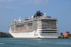 Statku wycieczkowego MSC fantazja w Castries, St Lucia Obraz Royalty Free