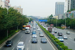 107 statlig väg, Shenzhen, Baoan avsnitt av trafiklandskapet Arkivfoto