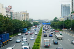 107 statlig väg, Shenzhen, Baoan avsnitt av trafiklandskapet Royaltyfria Bilder